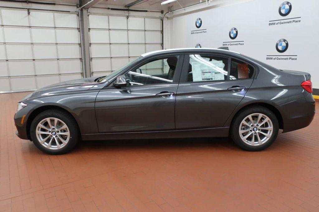 2018 BMW 3 Series 320i - 16945469 - 1