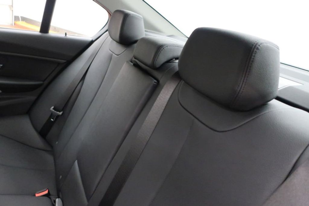 2018 BMW 3 Series 320i - 16945469 - 22