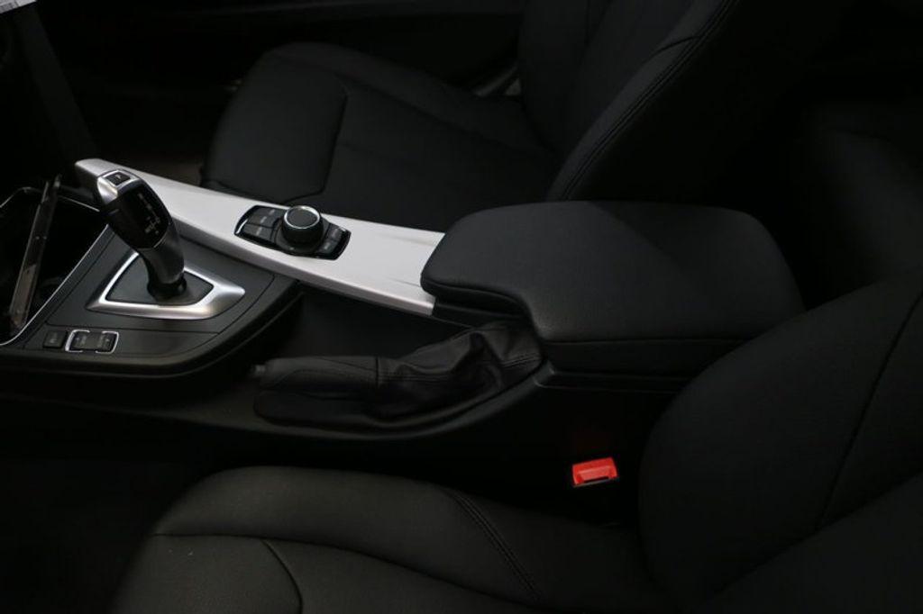 2018 BMW 3 Series 320i - 16945469 - 28