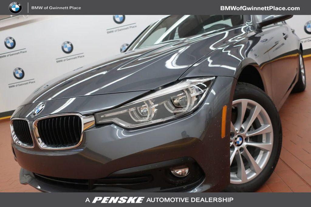 2018 BMW 3 Series 320i - 17176029 - 0