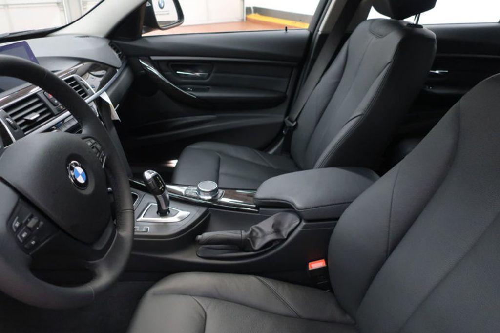 2018 BMW 3 Series 320i - 17176029 - 12
