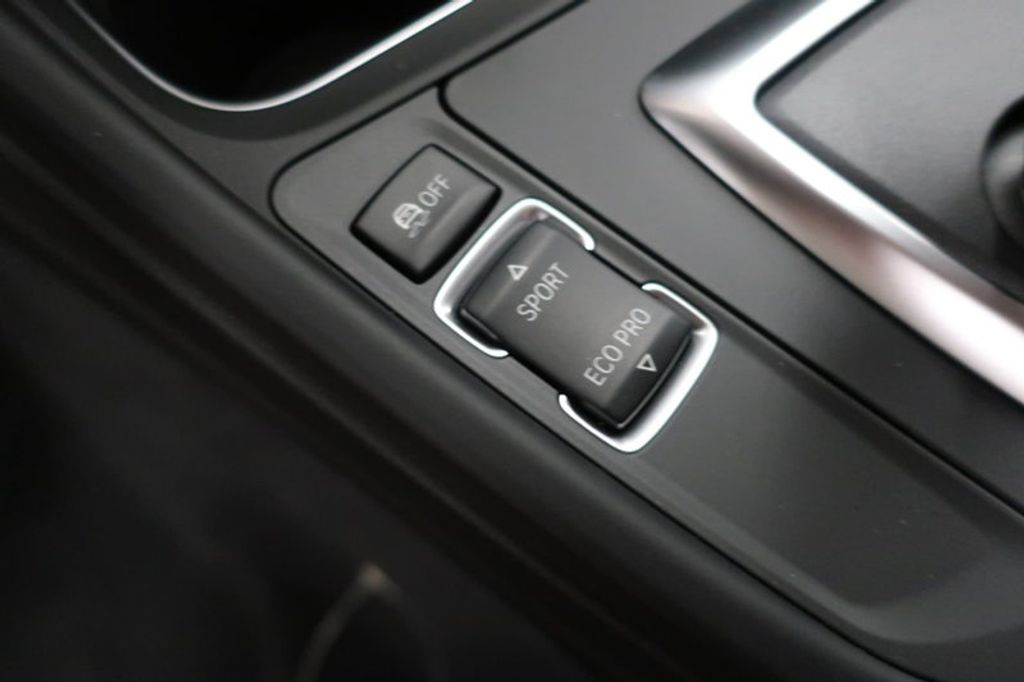 2018 BMW 3 Series 320i - 17176029 - 27