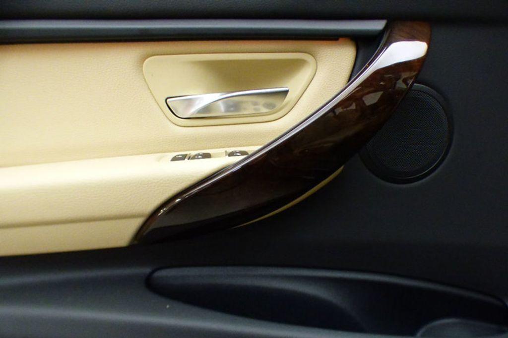 2018 BMW 3 Series 320i xDrive - 17366205 - 13