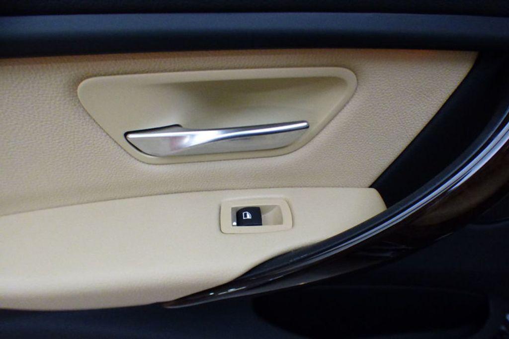 2018 BMW 3 Series 320i xDrive - 17366205 - 15