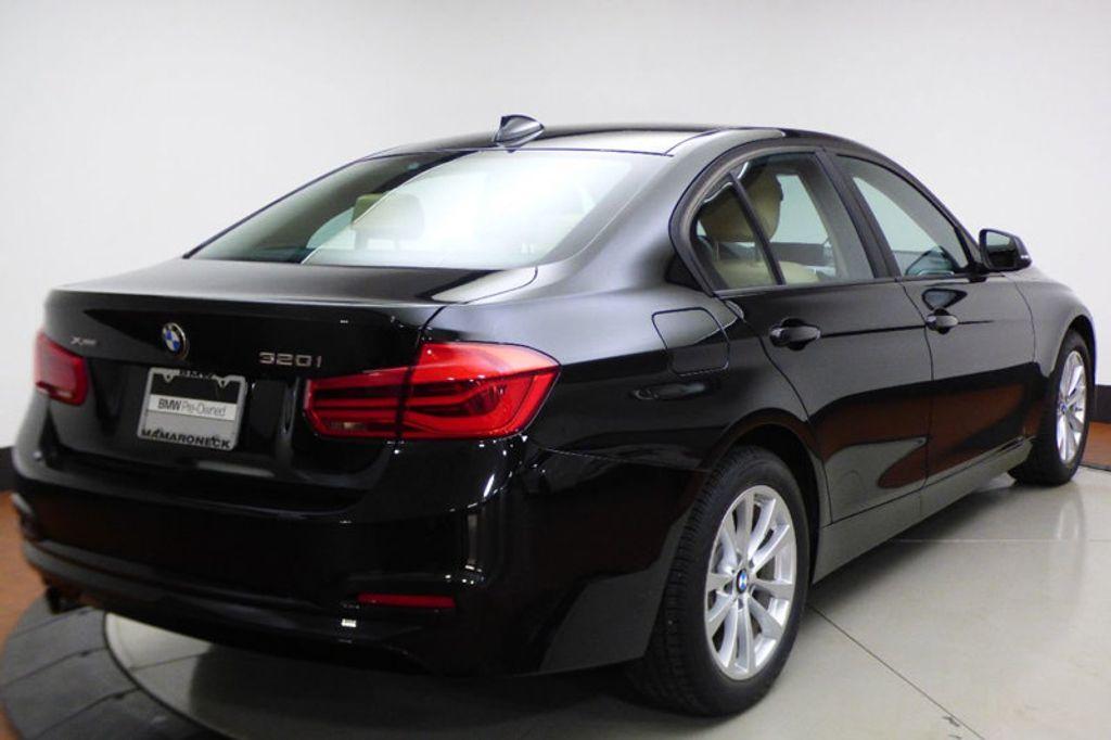 2018 BMW 3 Series 320i xDrive - 17366205 - 5