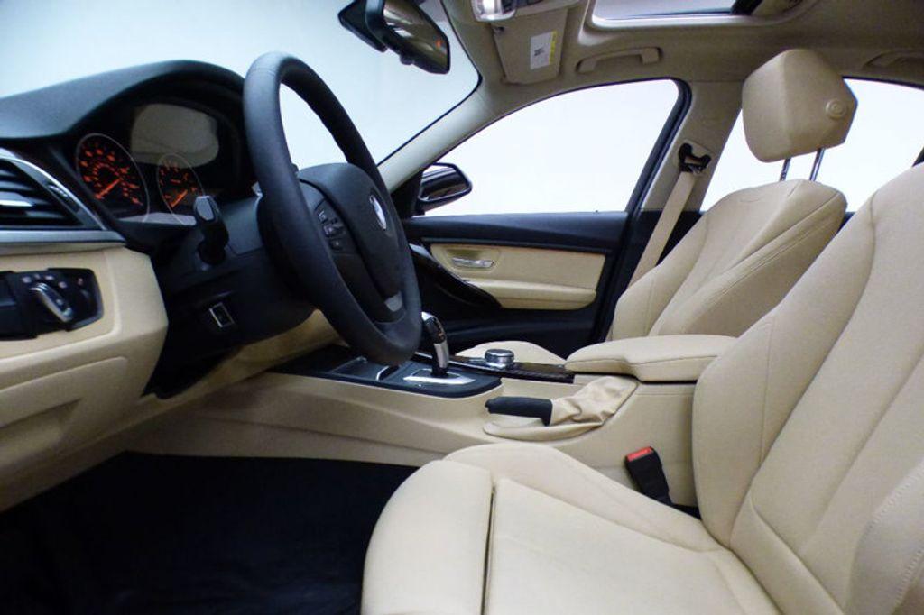 2018 BMW 3 Series 320i xDrive - 17366205 - 7