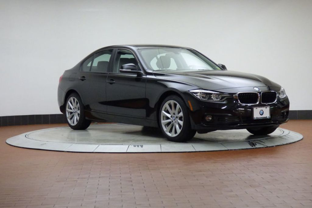 2018 BMW 3 Series 320i xDrive - 18052338 - 5