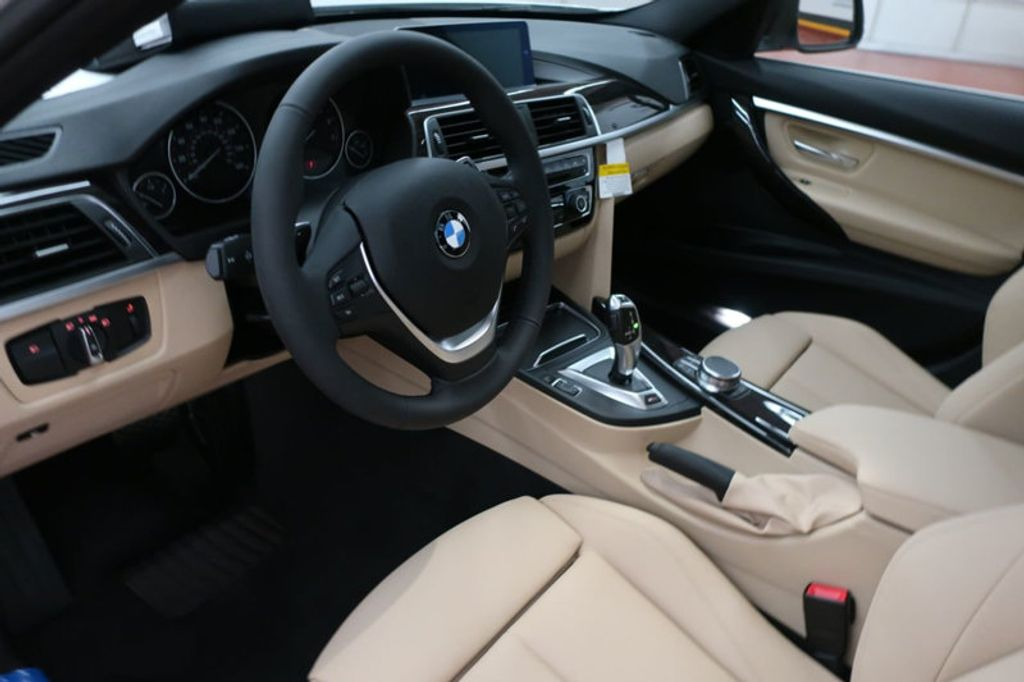 2018 BMW 3 Series 330e iPerformance Plug-In Hybrid - 16773279 - 25