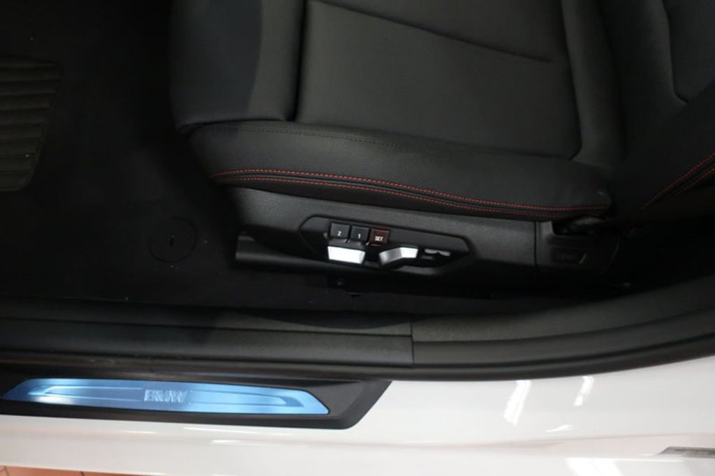 2018 BMW 3 Series 330i - 16688729 - 13