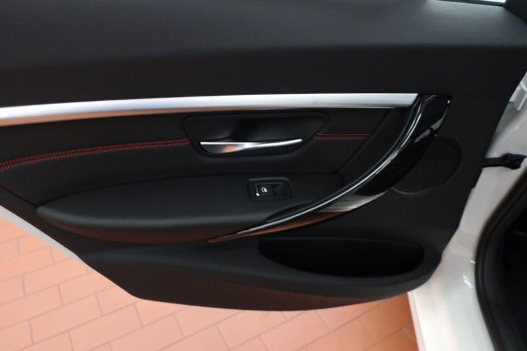 2018 BMW 3 Series 330i - 16688729 - 17