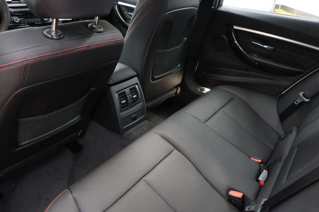 2018 BMW 3 Series 330i - 16688729 - 19