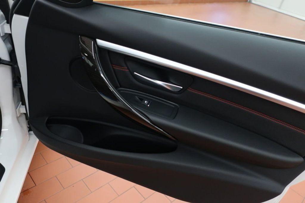 2018 BMW 3 Series 330i - 16688729 - 23