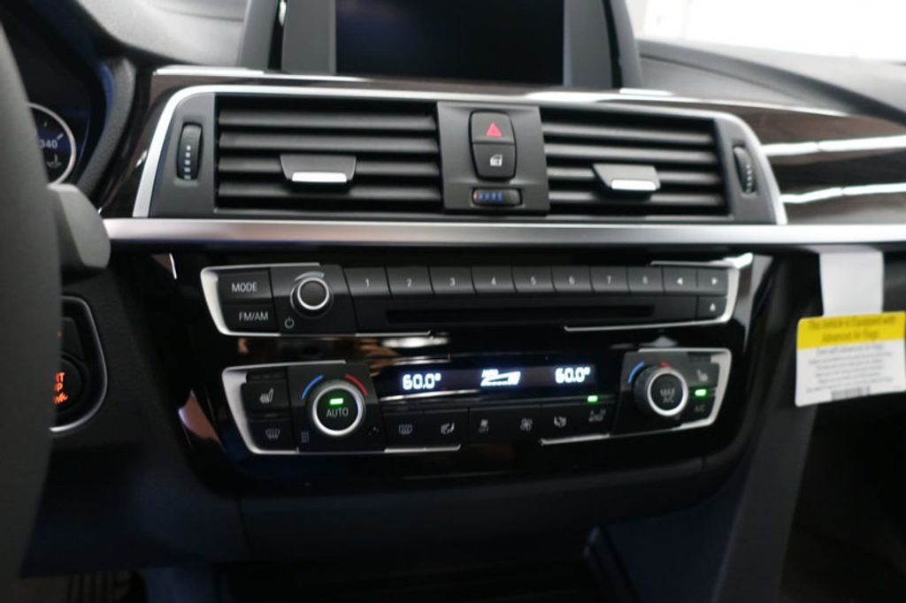 2018 BMW 3 Series 330i - 16688729 - 39