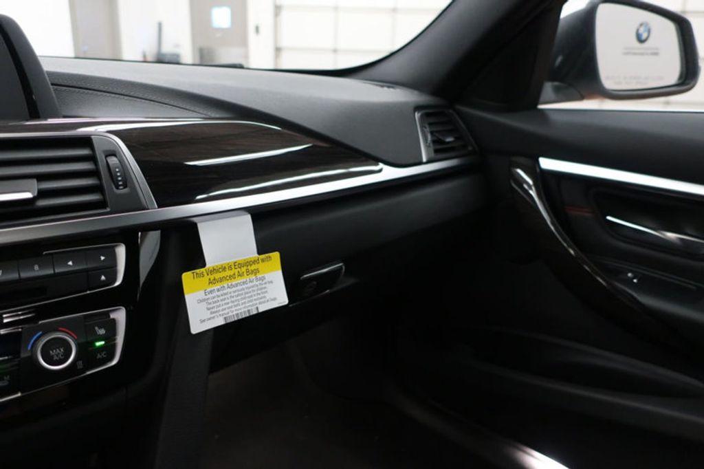 2018 BMW 3 Series 330i - 16688729 - 43