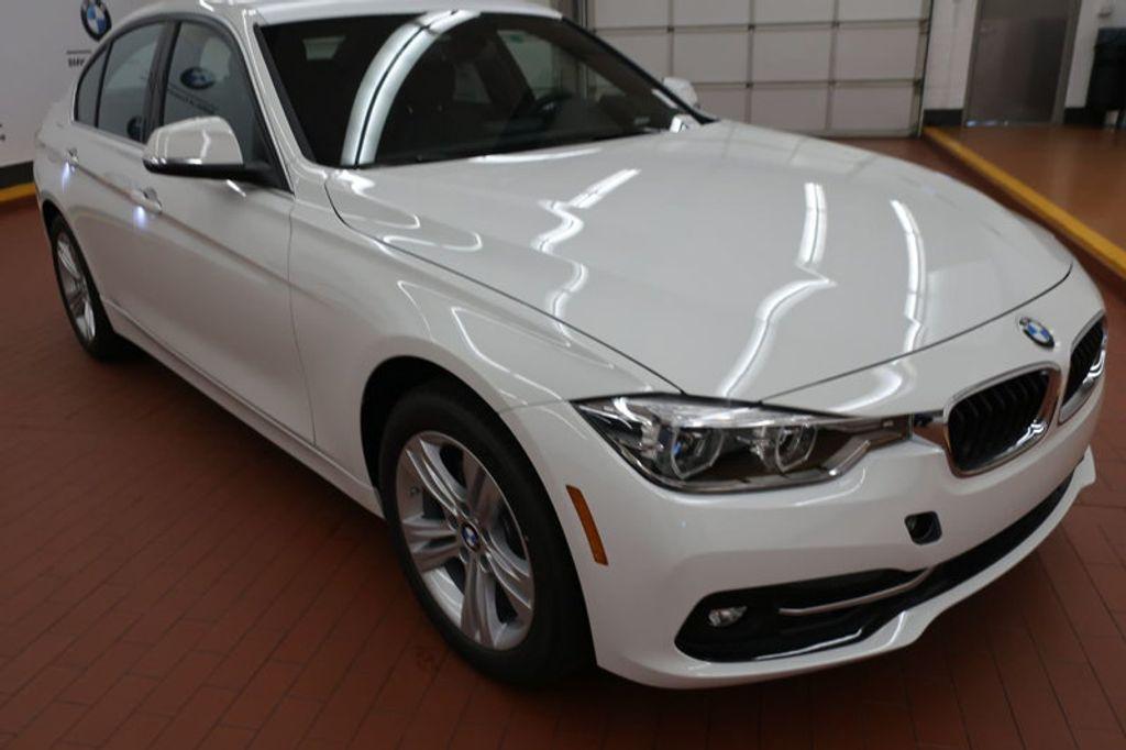 2018 BMW 3 Series 330i - 16688729 - 5