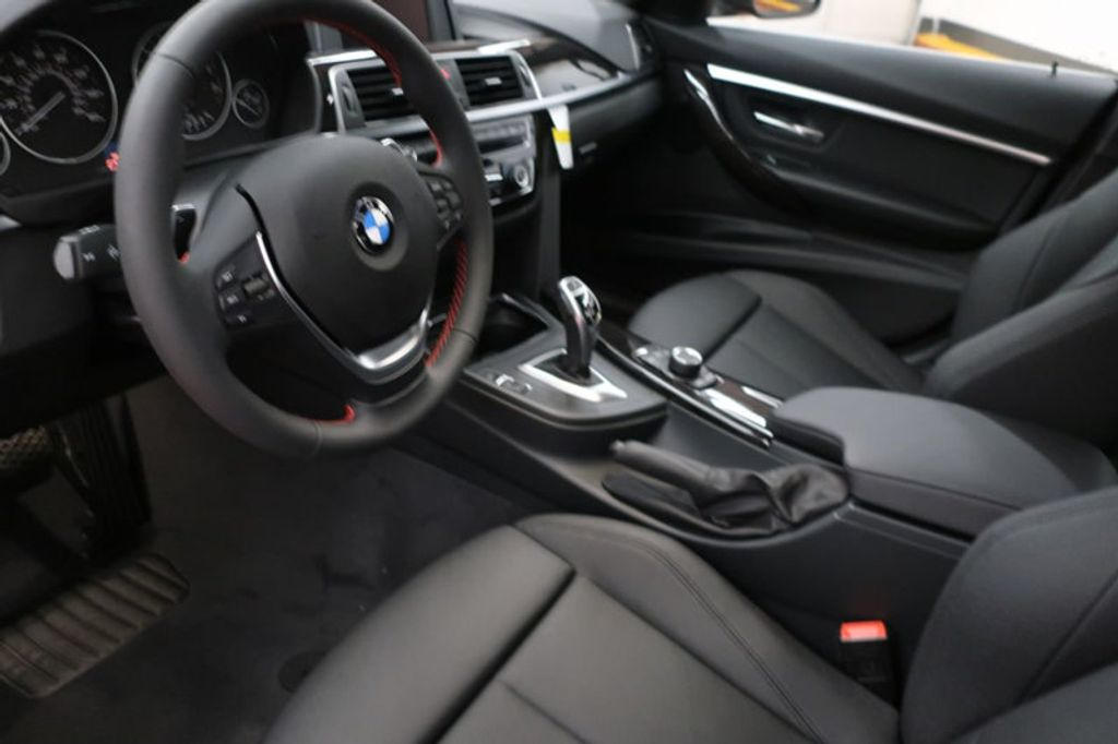 2018 BMW 3 Series 330i - 16883640 - 11