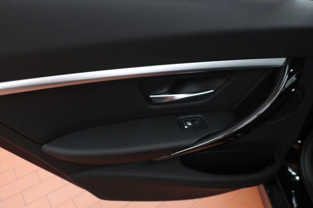 2018 BMW 3 Series 330i - 16883640 - 18