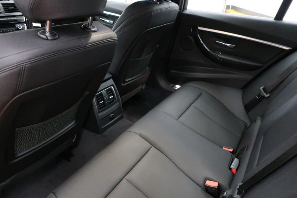 2018 BMW 3 Series 330i - 16883640 - 20