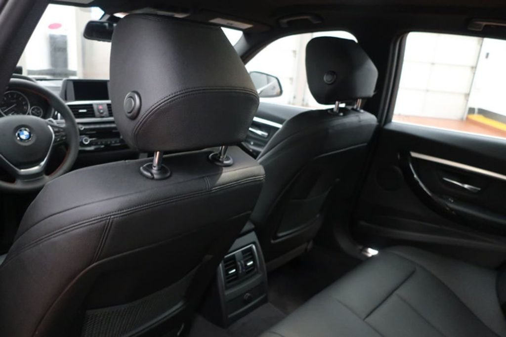 2018 BMW 3 Series 330i - 16883640 - 24