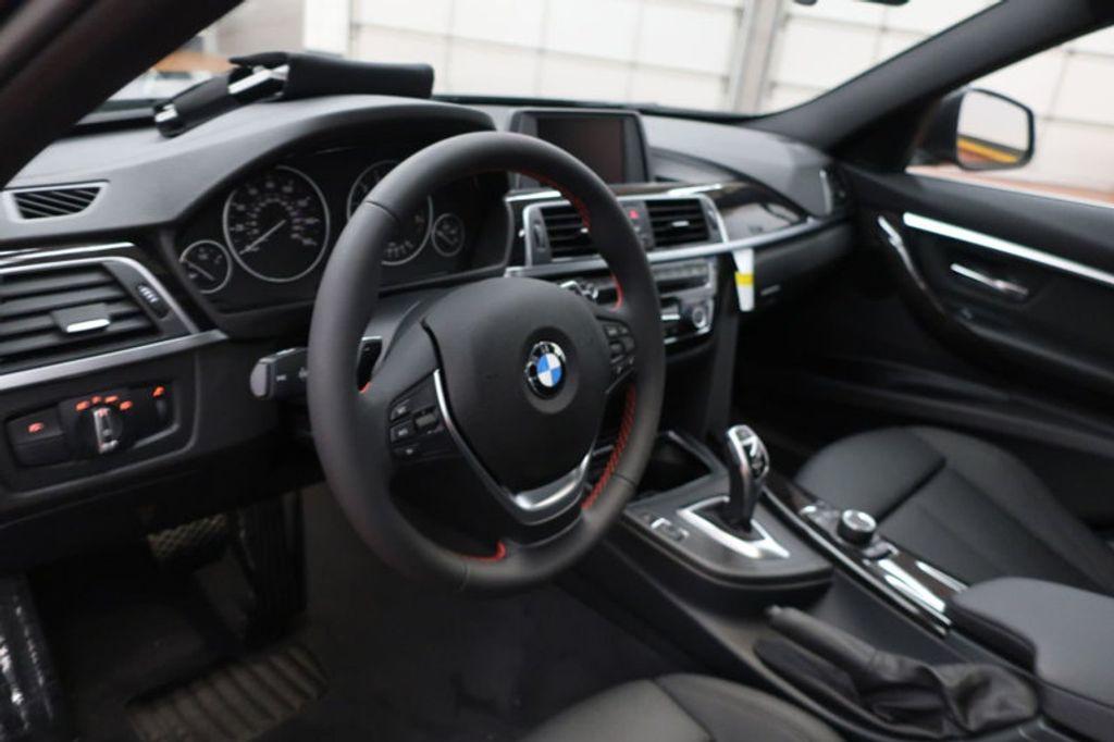 2018 BMW 3 Series 330i - 16883640 - 25