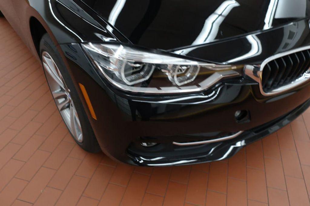 2018 BMW 3 Series 330i - 16883640 - 6