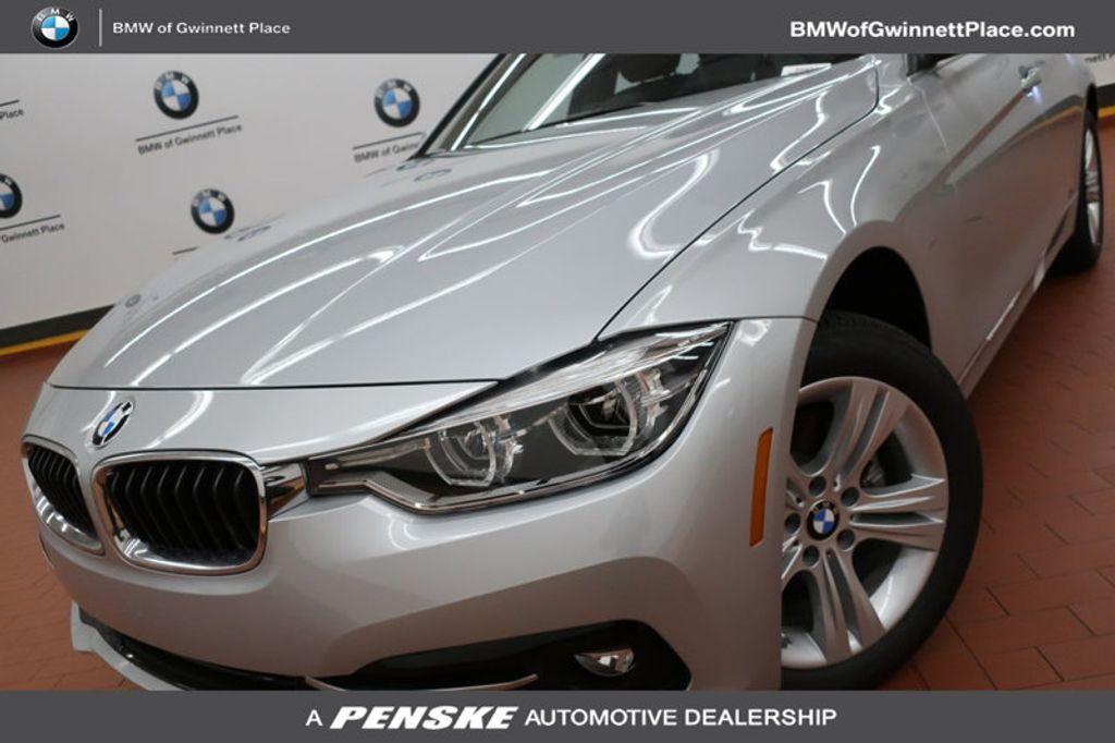 2018 BMW 3 Series 330i - 16904553 - 0