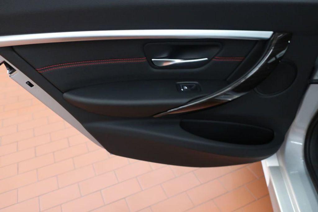 2018 BMW 3 Series 330i - 16904553 - 18