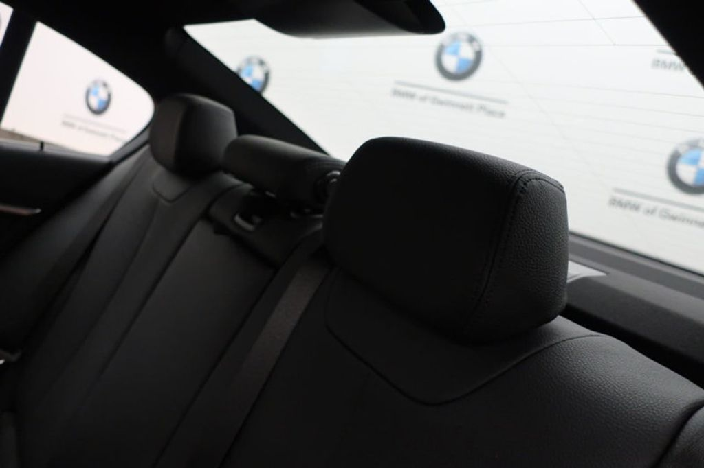 2018 BMW 3 Series 330i - 16904553 - 24