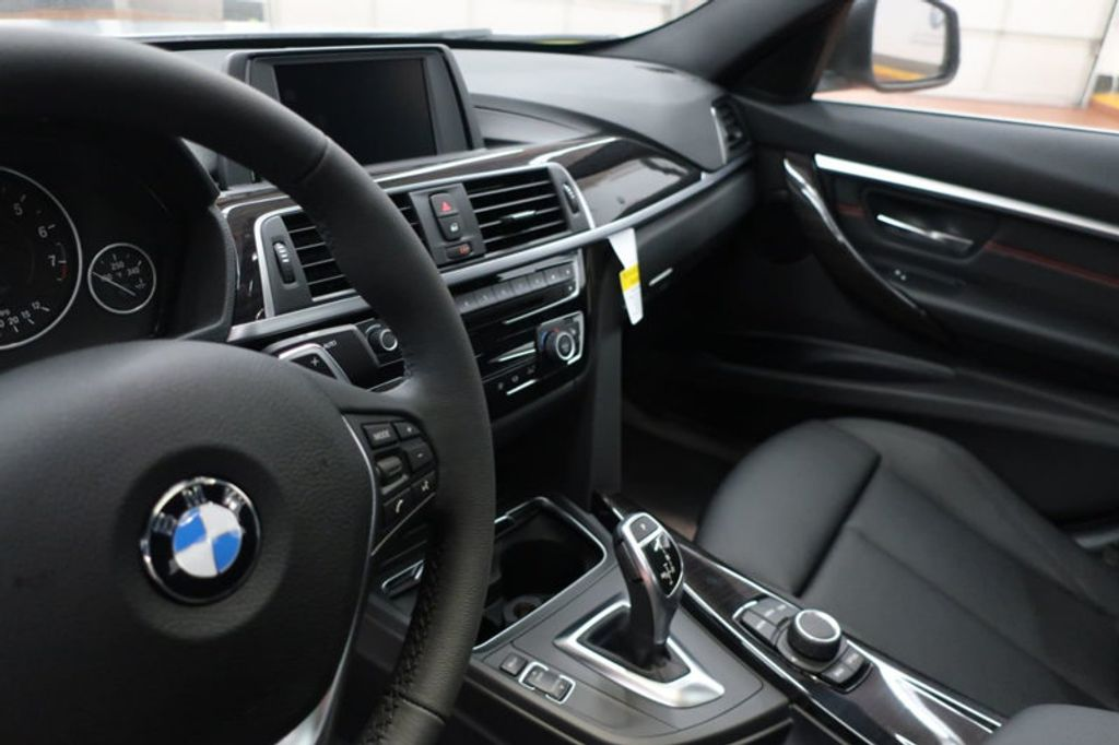 2018 BMW 3 Series 330i - 16904553 - 28