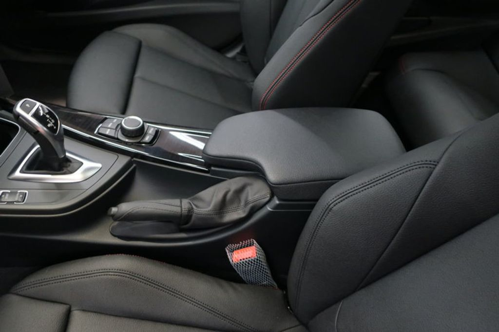 2018 BMW 3 Series 330i - 16904553 - 30