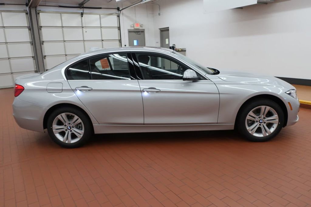 2018 BMW 3 Series 330i - 16904553 - 4