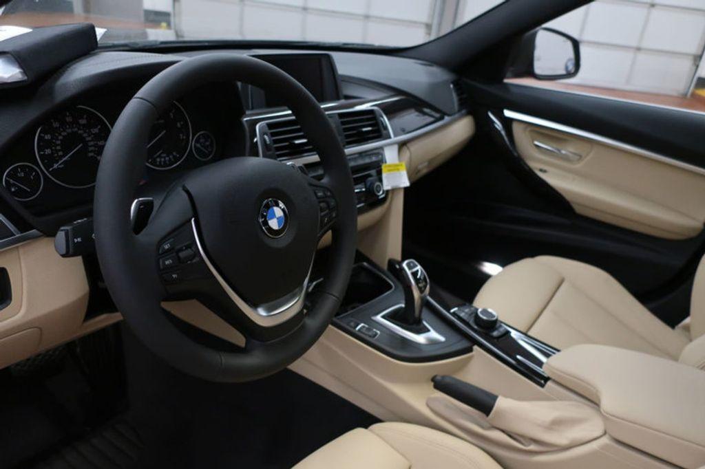 2018 BMW 3 Series 330i - 16912375 - 17