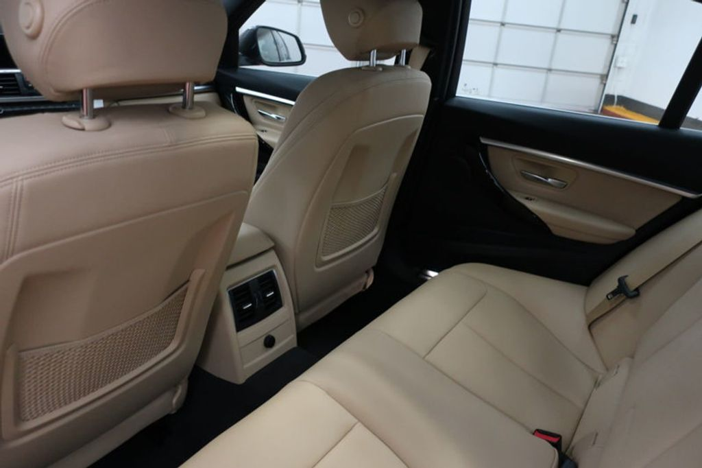 2018 BMW 3 Series 330i - 16912375 - 20