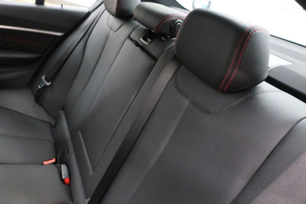 2018 BMW 3 Series 330i - 16974596 - 23