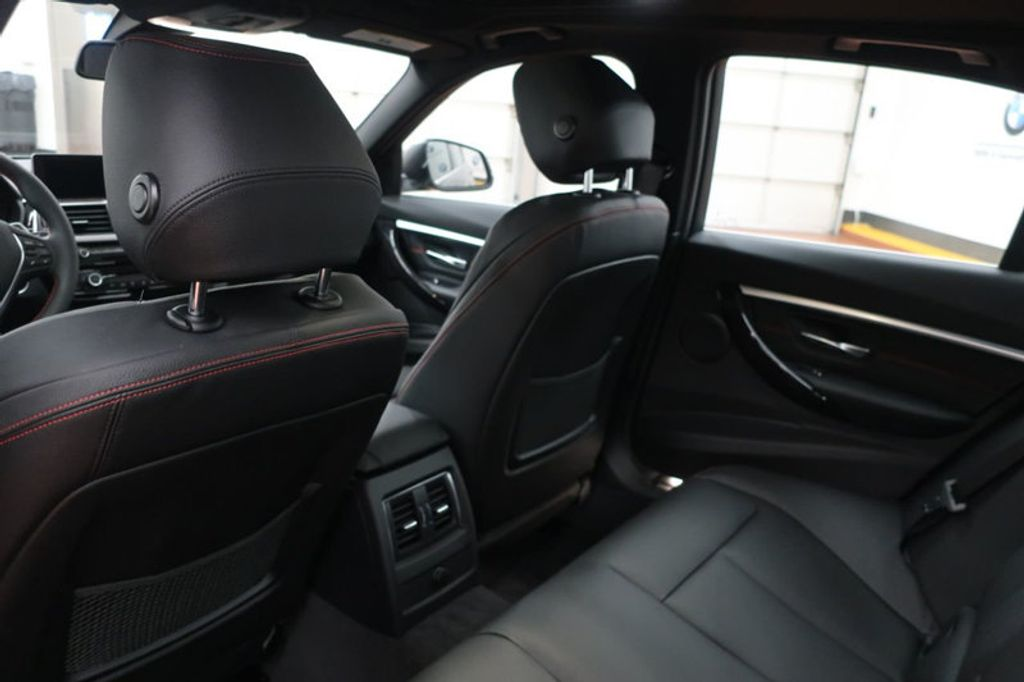 2018 BMW 3 Series 330i - 16974596 - 24