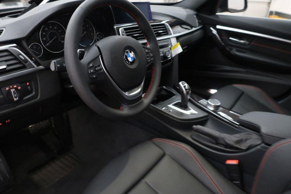 2018 BMW 3 Series 330i - 16974596 - 25