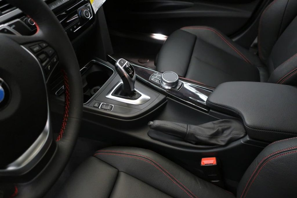 2018 BMW 3 Series 330i - 16974596 - 28