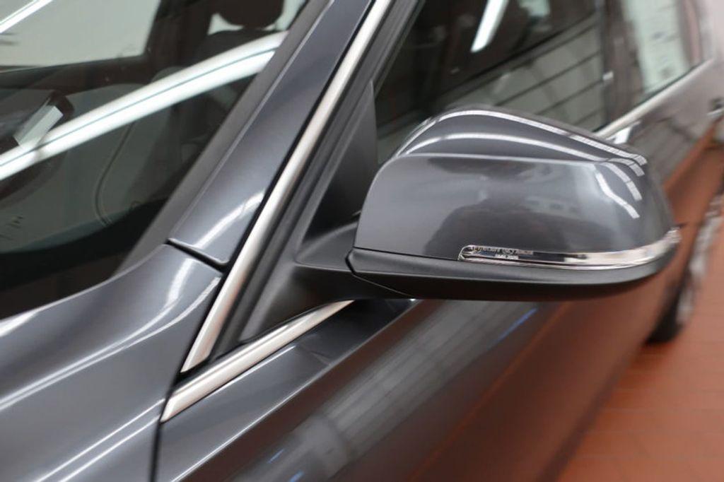 2018 BMW 3 Series 330i - 16974596 - 8