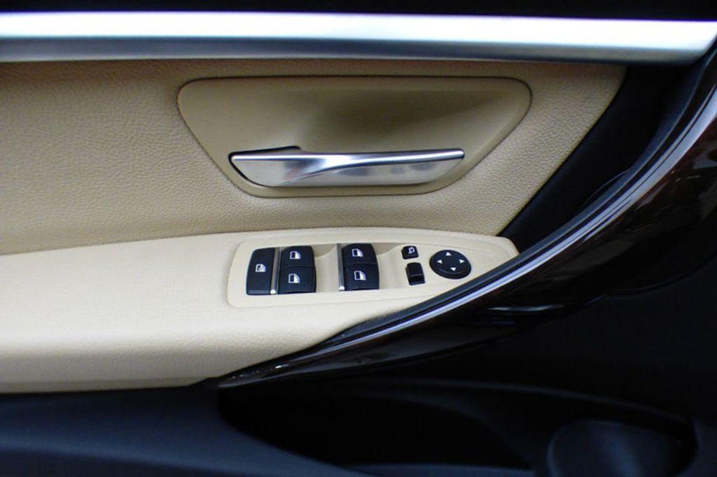 2018 BMW 3 Series 330i xDrive - 17421742 - 14