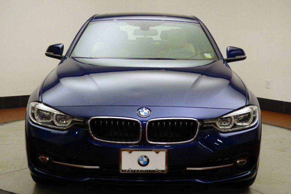 2018 BMW 3 Series 330i xDrive - 17421742 - 1
