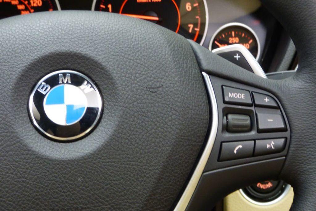 2018 BMW 3 Series 330i xDrive - 17421742 - 34
