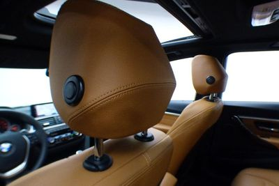 2018 BMW 3 Series 330i xDrive Sedan - Click to see full-size photo viewer