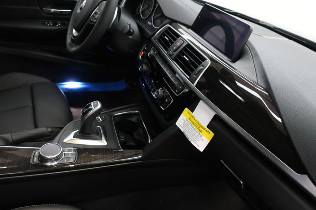 2018 BMW 3 Series 330i xDrive Sports - 16698639 - 25