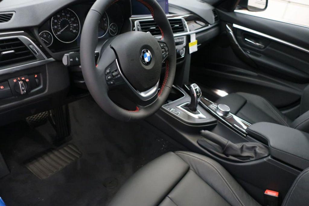 2018 BMW 3 Series 330i xDrive Sports - 16698639 - 27