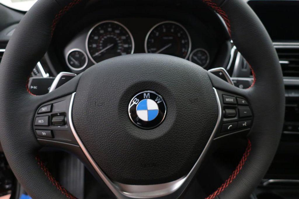 2018 BMW 3 Series 330i xDrive Sports - 16698639 - 31