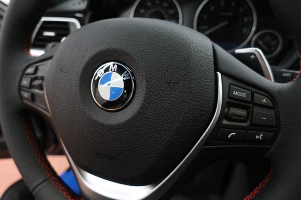 2018 BMW 3 Series 330i xDrive Sports - 16698639 - 33