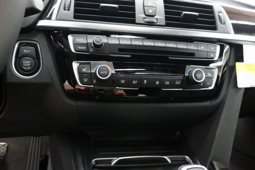 2018 BMW 3 Series 330i xDrive Sports - 16698639 - 36