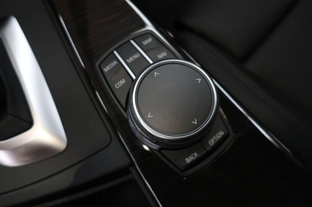 2018 BMW 3 Series 330i xDrive Sports - 16698639 - 38
