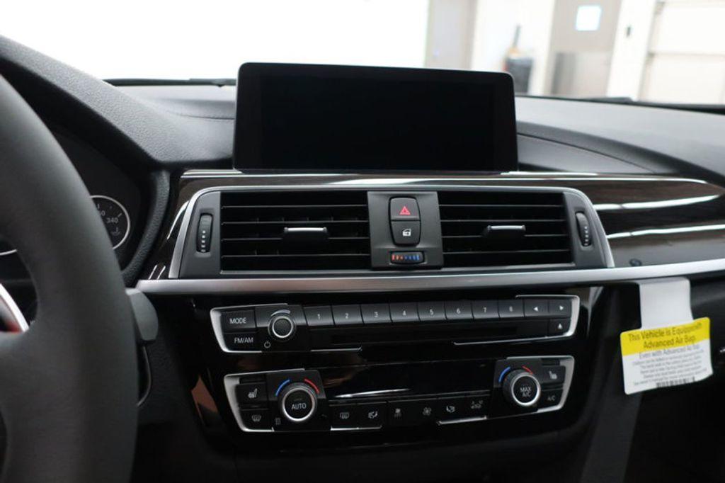 2018 BMW 3 Series 330i xDrive Sports - 16698639 - 40