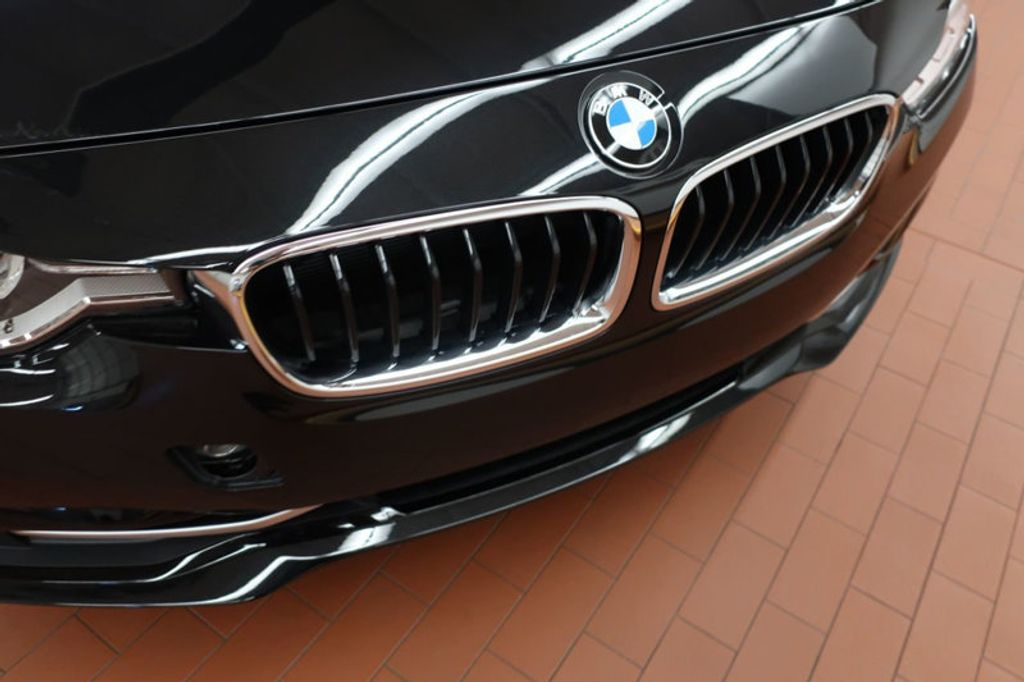 2018 BMW 3 Series 330i xDrive Sports - 16698639 - 7